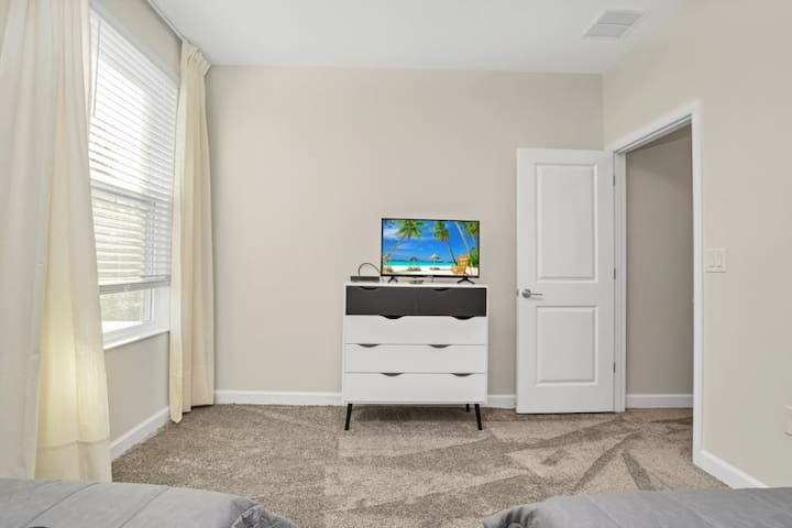 Twin bedroom for boys