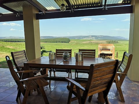 Far Away Place (Nguni Cottage) Midlands Meander
