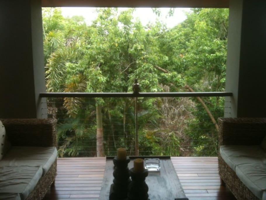 Guest pavilion veranda view.