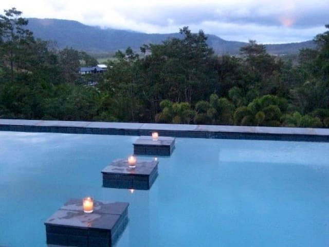 Unique luxury tropical accomodation - Cannon Valley - Willa