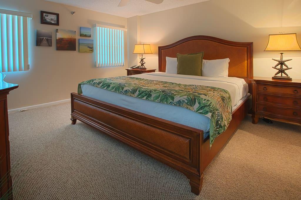 Queen Size in Private Bedroom