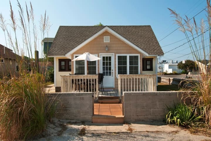 Darling 2BR Home on Delaware Bay - Villas - Hus