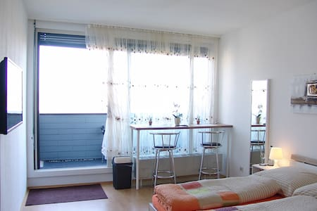Clean, sunny, quiet, centrally, new - Augsburg - Apartament