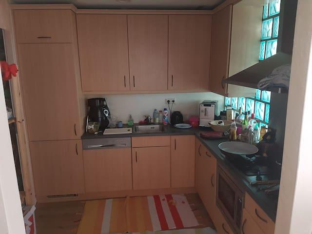 Ruim appartement (90 vierkante meter) - Etten-Leur - Appartement