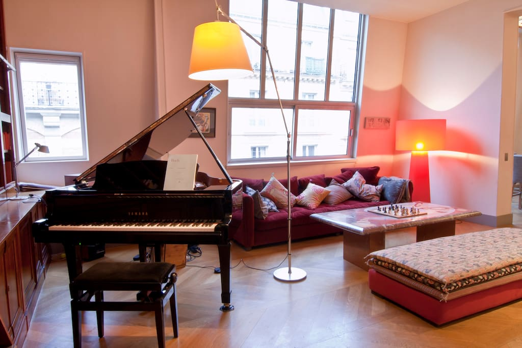 Room In A Loft With A Piano Lofts For Rent In Paris 206 Le