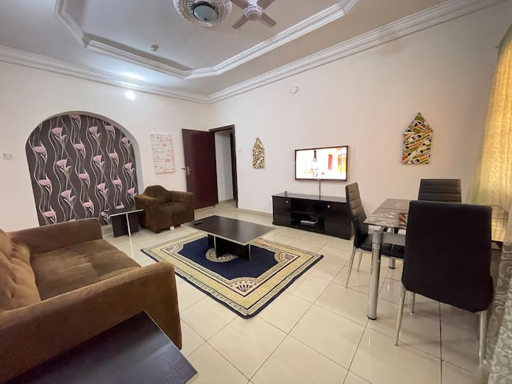 ENTIRE 2 BEDROOM FLAT IN UTAKO ABJ -U BUY ONLY LIT