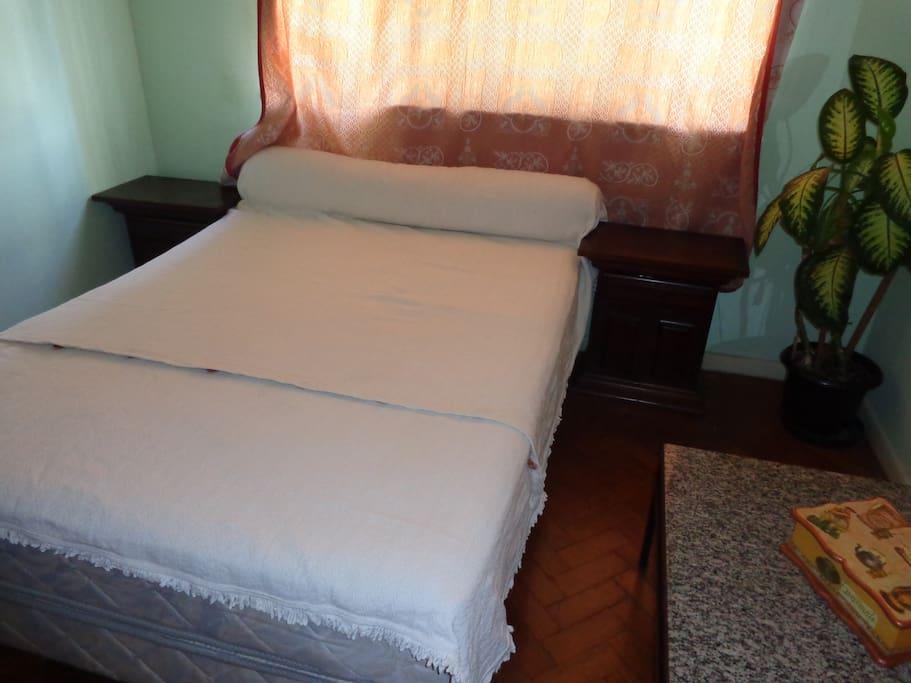 Foto do quarto.