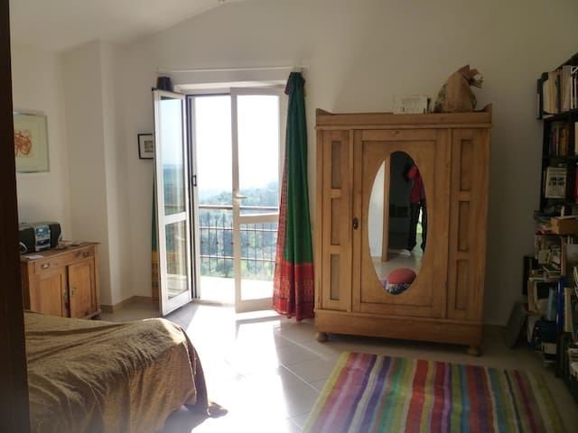 Room with balcony near Rome  - Montebuono - Bed & Breakfast