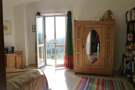 Room with balcony near Rome  - Montebuono - 住宿加早餐