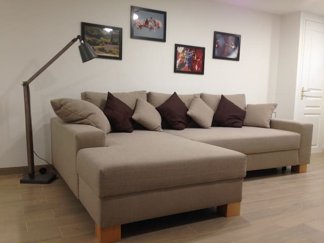Le canapé qui peut aussi servir de lit