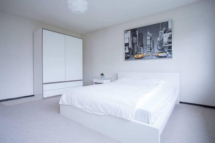 Moderne, helle 3-Zimmerwohnung Nähe See & Zentrum - Zumikon