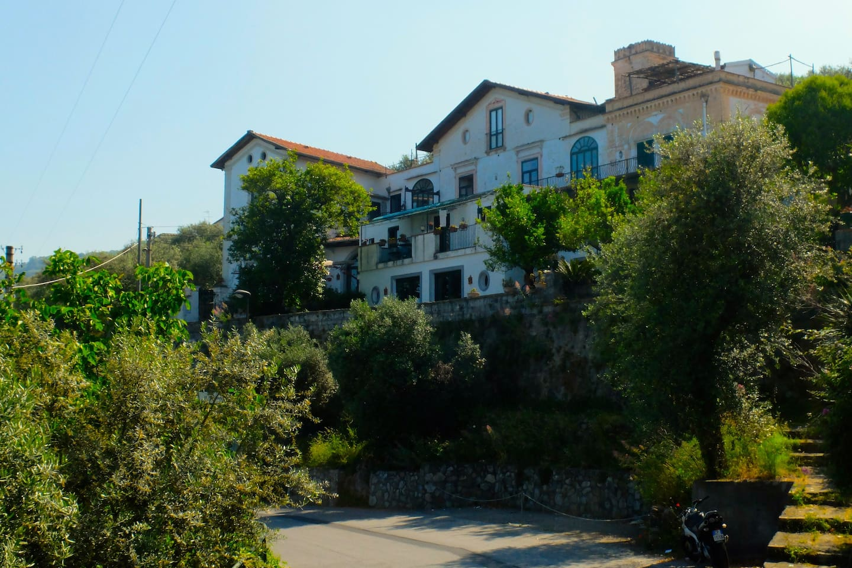 villa San Francesco from the street