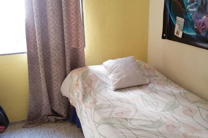 Habitacion individual en apartamento compartido