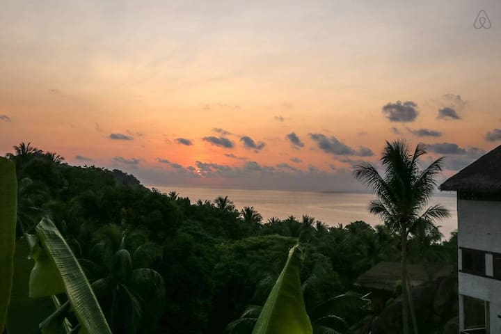 Sunrise Bungalow with total ocean view 3