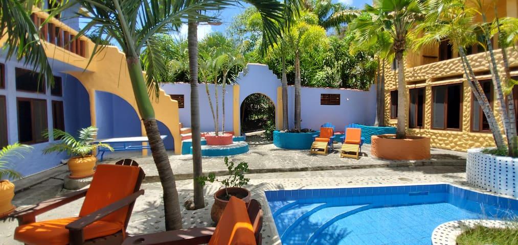 Golden Palms Suite