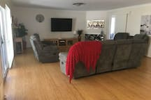 "Large Lounge Room with 70"" TV"