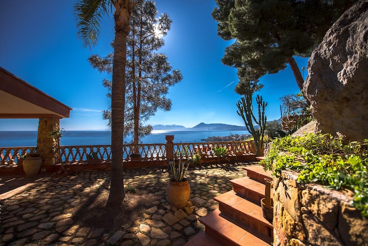 Casa Panoramica Mongerbino by Wonderful Italy