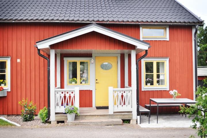 Charmigt gästhus i småländsk idyll.