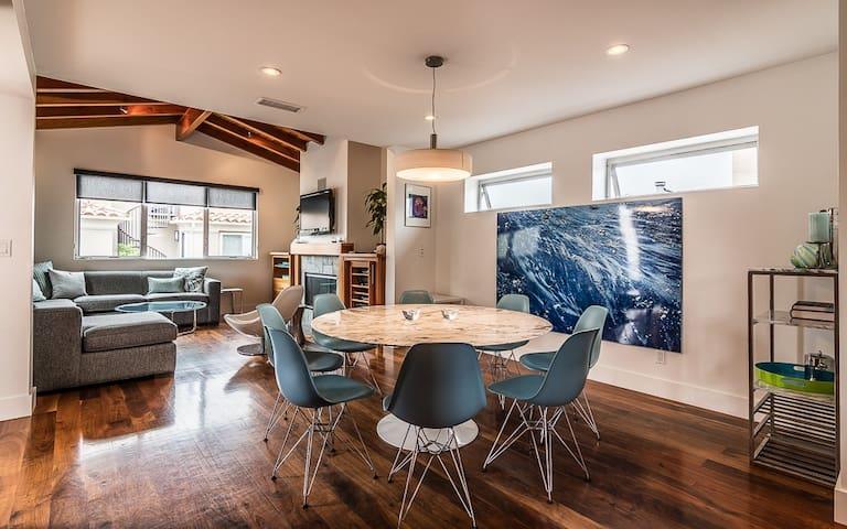 Gorgeous contemporary family beach house