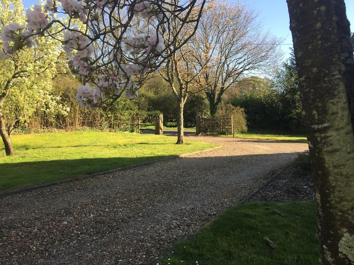 New Forest - Peaceful/Quality Village Accomodation