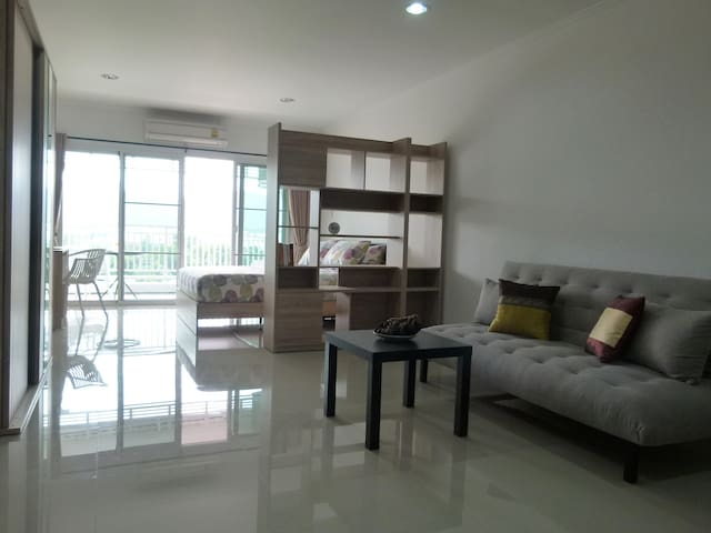 Great View , Big Studio in the City Center - Tambon Hua Hin