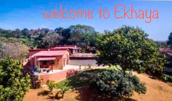 🔆EKHAYA🔆 a home away from home in Trafalgar