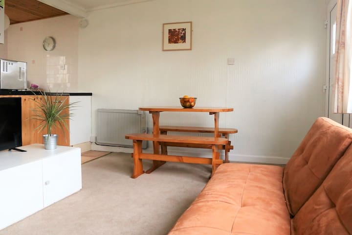 Home from Home Chalet near North Devon Beaches - Buck's Cross - Bungalo