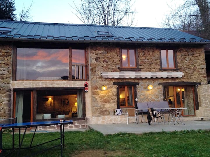 House with 4 bedrooms in Boussenac, with wonderful mountain view, enclosed garden and WiFi