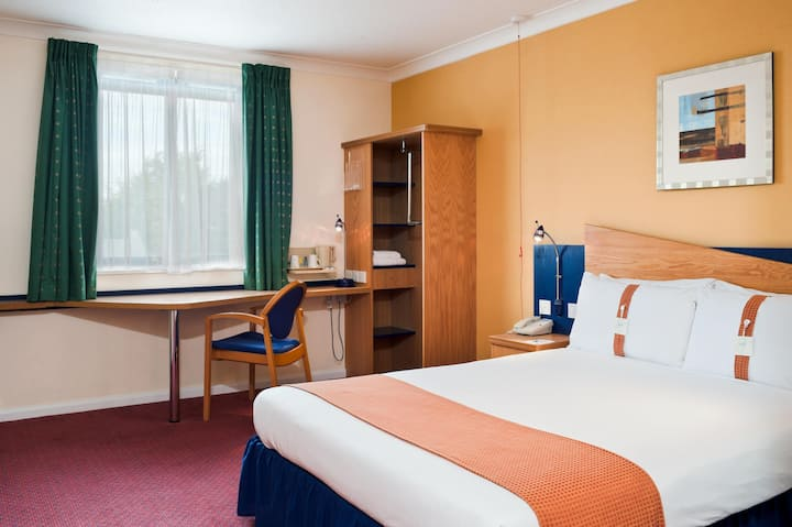 BUSINESS TRAVEL ONLY - Gorgeous Room Standard At Bath