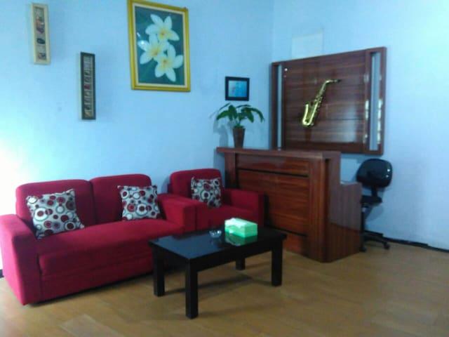 Jazzi Homestay - Tosari - Pasuruan - House