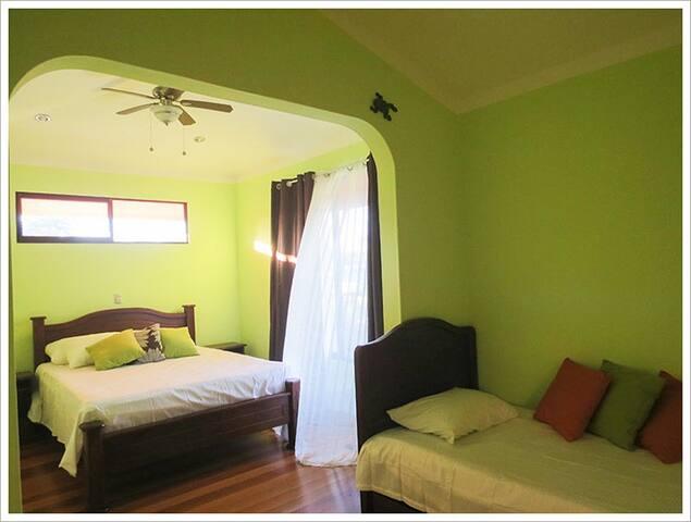 Affordable Hotel in OSA PJ - Puerto Jiménez - Other