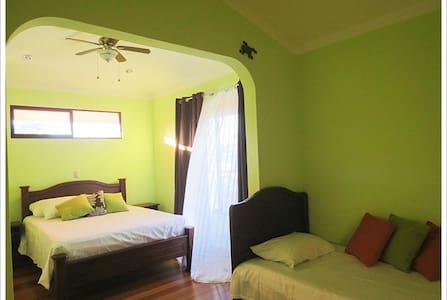 Affordable Hotel in OSA PJ - Puerto Jiménez