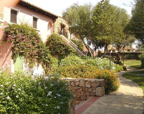 Sardegna Porto Rotondo Gardens