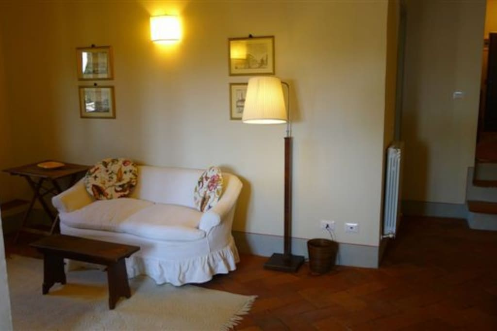 Sunny apartment hotel amenities panzano apartments for Florence appart hotel