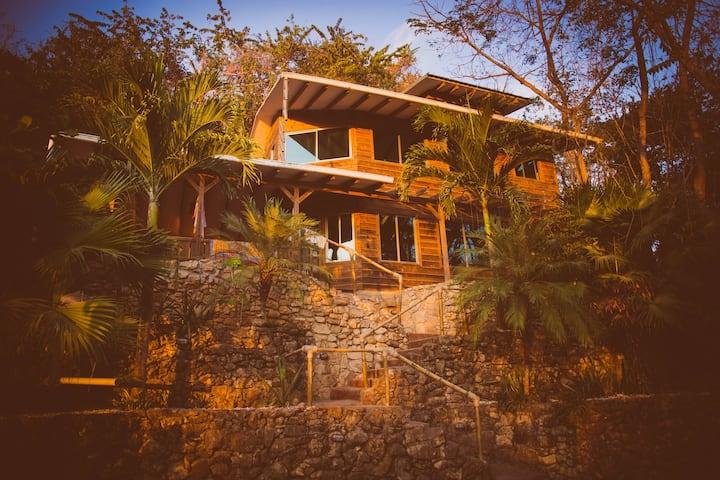 Ocean view villa north Santa teresa