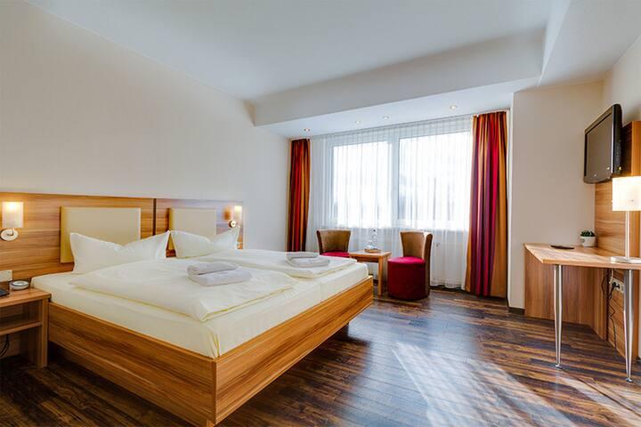 Ferien Hotel Rennsteigblick (Friedrichroda /OT Finsterbergen) - LOH05490, Wasserbettzimmer
