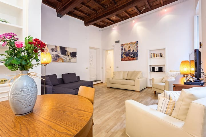 Stella | Apartment nearby the Pantheon