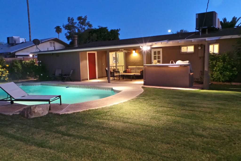 Modern houses by - Modern House Near Downtown Tempe Houses For Rent In
