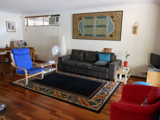 Garden hideaway close to everything - North Perth - Apartamento