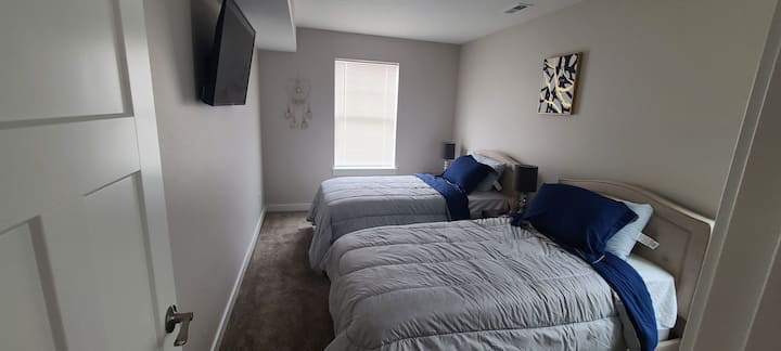 Beautiful Room - 2 twin beds