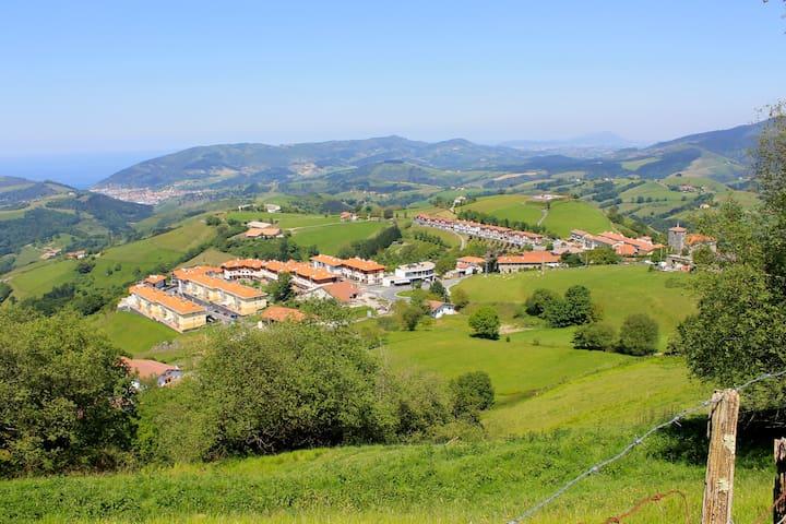 Apartamento Rural  junto al mar y montaña - Aia