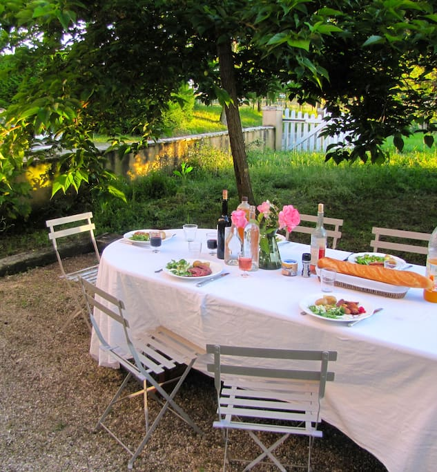Set in a tranquil garden and surrounds, enjoy all that French country living has on offer!
