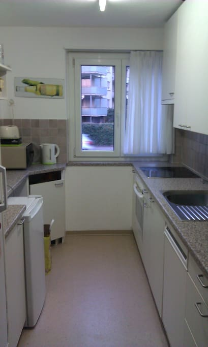 Kitchen with dish-washer & Mikrowave