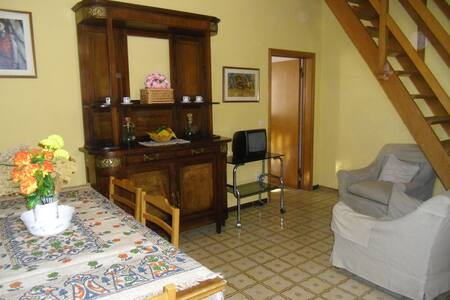 Appartamento 2, Casa Valle, Scansano: Mare e Terme - Scansano - Apartment