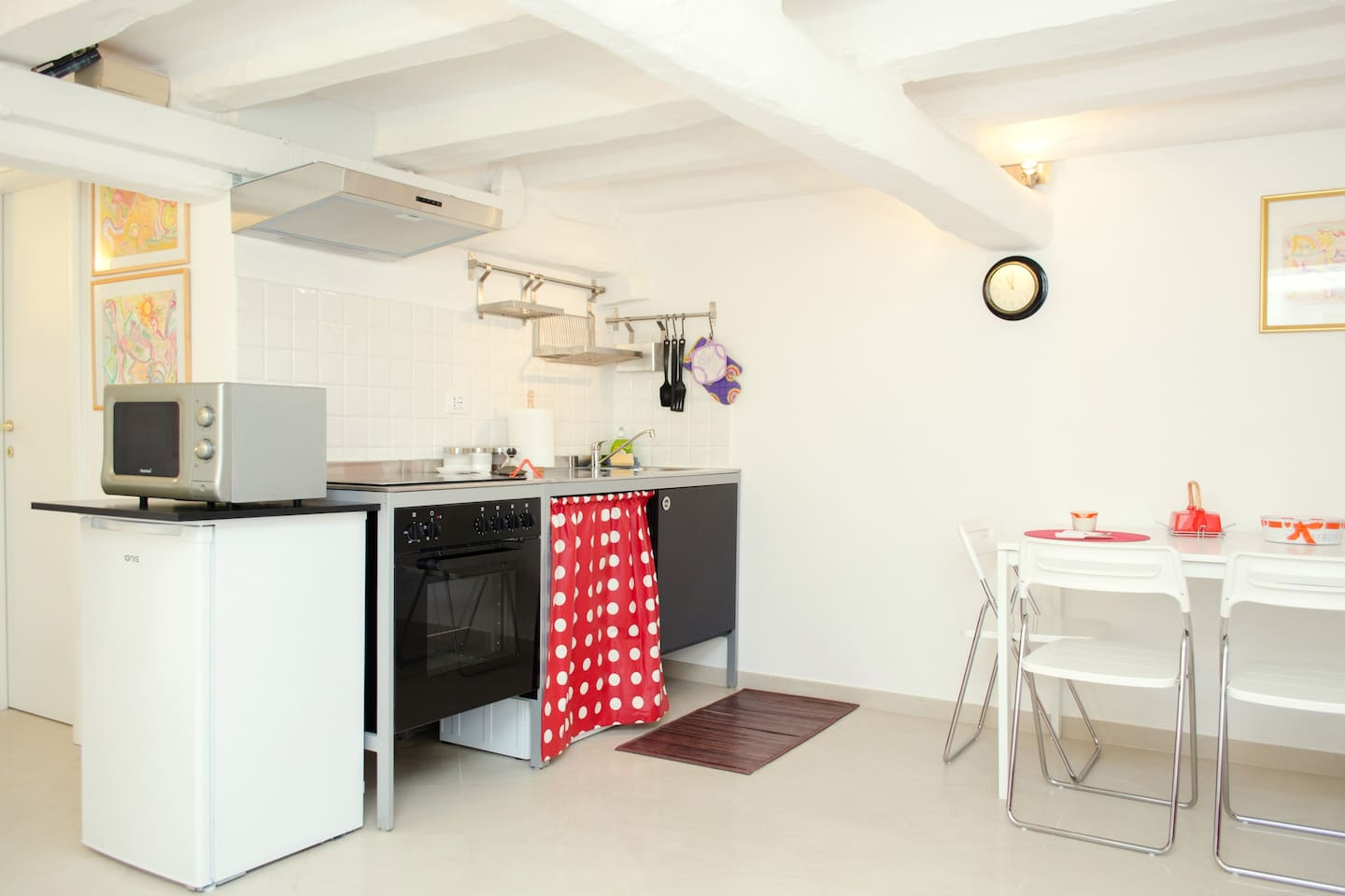 Charming apartment in the Pantheon - Apartments for Rent in Rome ...