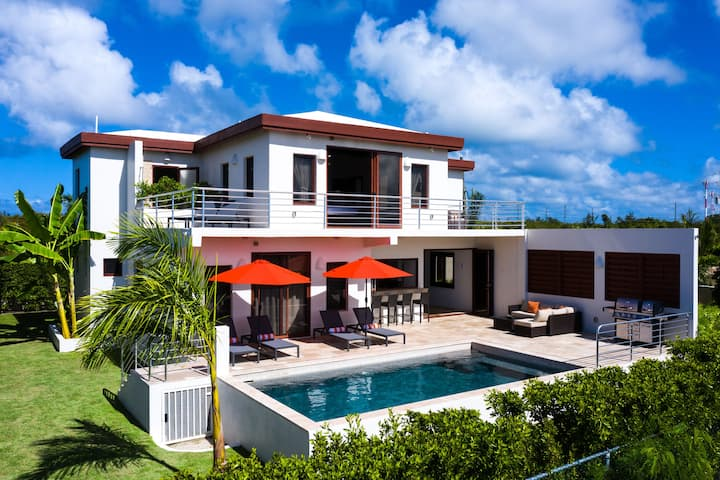 Château Genesis - Caribbean Elegance -Two Bedroom