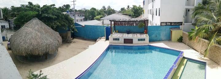 Cómodo,espacioso, moderno,cerca al mar, piscina