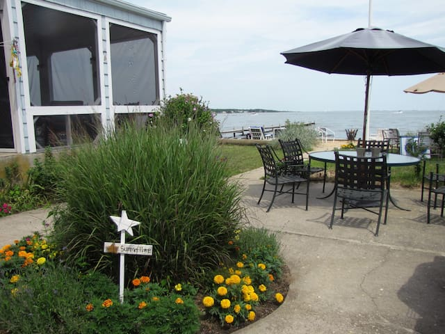 HAMPTONS LI-Hse on Water  - Center Moriches - House