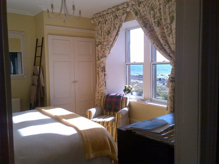 5* B&B on the beach, Islay
