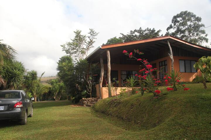 Casa Linda - Vacation Home Rental - Lake Arenal - 獨棟